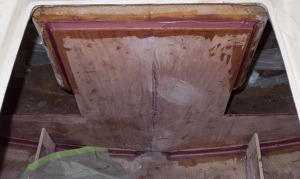 The bulkhead installed with fillets for glassing.