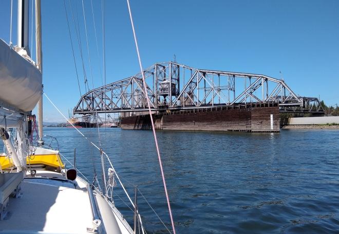 RR Bridge-133415795